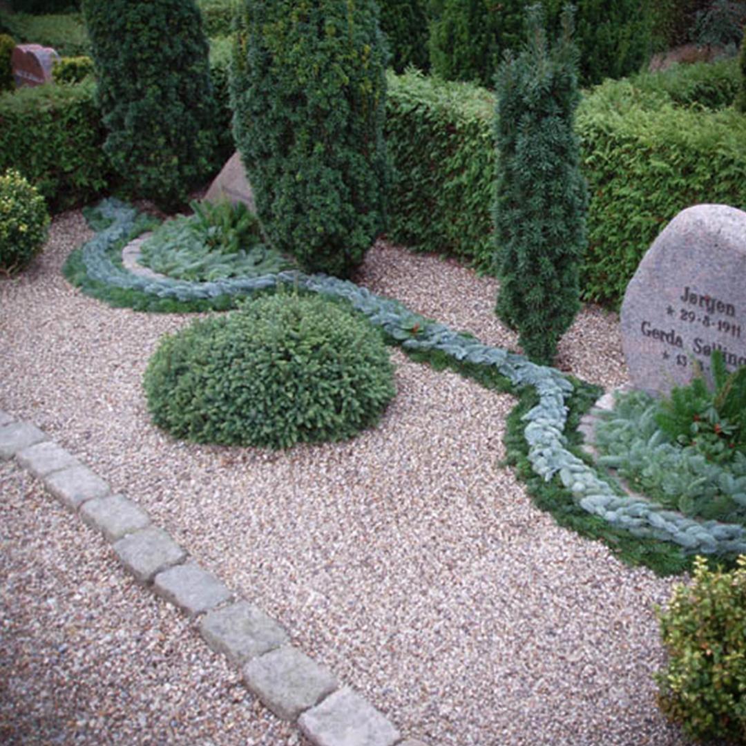 Anlægsgartner på kirkegården